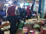 Suasana saat berlangsungnya Sidak terhadap toko-toko yang menjual makanan pada bulan Ramadhan 1440 Hijriyah